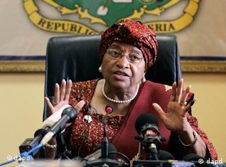 Ellen Johnson Sirleaf, reeleita Presidente da Libéria