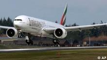 Boeing Co. 777 der Emriates Airline landet in Everett