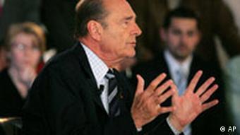 Χωρίς αποτέλεσμα οι προσπάθειες του Ζακ Σιράκ να πείσει του Γάλλους το 2005 να ψηφίσουν ναι στο Ευρωπαϊκό Σύνταγμα