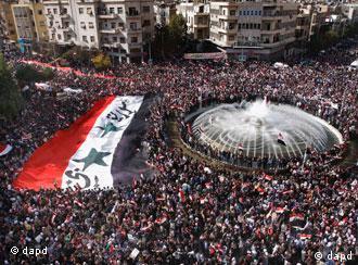 反对阿萨德政权的示威人群