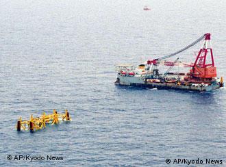 中日在东海油气田开发上长期存在争议