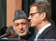 گیدو وستروله، وزیر امور خارجه آلمان در دیدار یک روزه خود از کابل (۱۹ نوامبر ۲۰۱۱) با حامد کرزای، رئیس جمهور افغانستان ملاقات و گفتوگو کرد