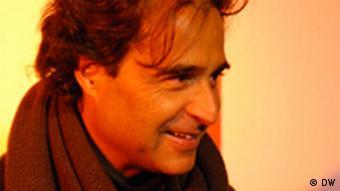 Der angolanische Schrifsteller José Eduardo Agualusa