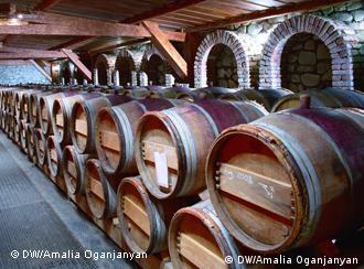 Тернистий шлях грузинського вина на