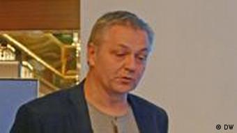 Professor Henrik Svensmark vom Dänischen Raumforschungszentrum hält einen Vortrag über die klimatische Rolle der Sonne auf der 4. Internationalen Klima- und Energiekonferenz in München am 25.11.2011 (Foto: Fabian Schmidt/ DW)