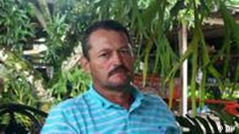 Orlando Rojas Ananasbauer in Costa Rica