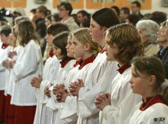 Acolytes in Bavaria praying