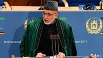 Afghanistans Präsident Hamid Karsai spricht während der internationalen Afghanistan-Konferenz (Foto: dapd)