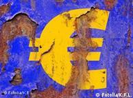 Euro; Fahne; Flagge; Krise; EU; EWWU; Wirtschaftskrise; Textur; Verschuldung; Währung; Geld; Wert; Zahlungsmittel; Neuverschuldung; Rost; Handel; Eurozone; Blau; gelb; Farbe; Inflation; Währungssymbol; Euroschwäche; Eurokrise; Import; Export; abblättern; Strukturen; Wirtschaft; Industrie; Sanierung; Schutz; negativ; Abschwung; Hintergrund; alt; verrostet; rostig; Eurosystem; Verfall; Stagnation; Rezession; Depression; Vorsicht; Gefahr; Metall; Rostblasen; Kurs; Wechselkurs; Industrie; Land; Europa; Banner; Witterung; Wetter; Textfreiraum; Umwelt; Zerstörung; Konzept; Politik; Oberfläche; rau; Struktur; eisen; historisch; Antik; stark; kraftvoll; Blase; Renovierung; Schaden; Reparatur