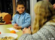 «لازم نیست به کودکان فکر کردن در مورد مسائل فلسفی را یاد داد، زیرا آنها خود به طور غریزی این کار را انجام میدهند»