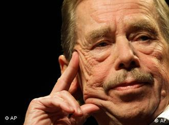 Former Czech President Vaclav Havel, seen during a press conference, in Prague, Czech Republic, Thursday, Oct. 15, 2009, to mark 20th anniversary of the fall of the Iron Curtain, in Czechoslovakia. (AP Photo/Petr David Josek) --------------------------------------------------------------------------------