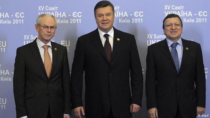 President of the European Council Herman Van Rompuy, left, Ukrainian President Viktor Yanukovich, center, and President of the European Commission Jose Manuel Barroso,right, during the 15th EU-Ukraine Summit