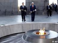 سارکوزی و سرکیسیان، روسای جمهور فرانسه و ارمنستان در ایروان