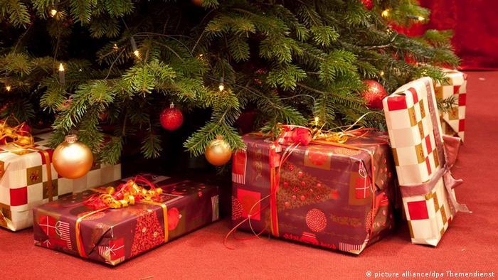 Symbolbild Weihnachten (picture alliance/dpa Themendienst)