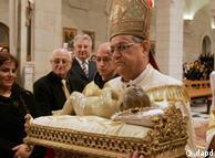 فؤاد طوال، پاتریارک (پاتریارش) بیتالمقدس نیز در مراسم کریسمس ۲۰۱۱ مخاطبان خود را به صلح فرا خواند