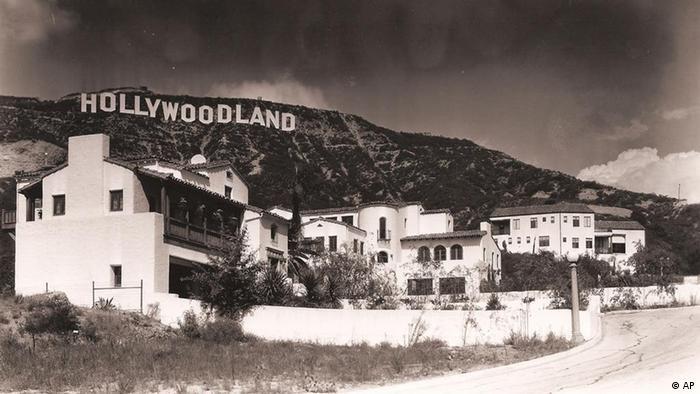 Der alte Schriftzug Hollywood in den Bergen von Los Angeles (Foto: AP Photo/Courtesy of the Bruce Torrence Hollywood Photograph Collection)