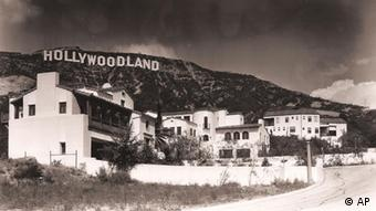 Hollywoodschriftzug auf historischem Foto (Foto: AP Photo/Courtesy of the Bruce Torrence Hollywood Photograph Collection)