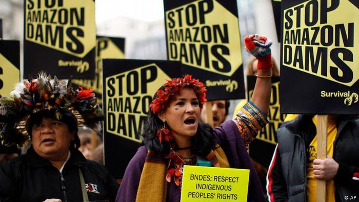 Brasilien Staudamm Protest Xingu Fluss Indigene