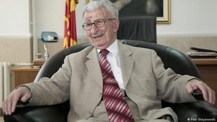Tod von Kiro Gligorov ehemaliger Präsident Mazedonien (Petr Stojanovski)