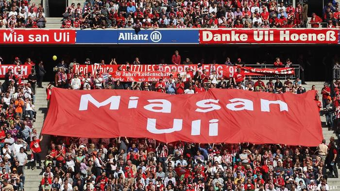 Fans hold up a banner supporting Bayern Muenchen president Uli Hoeness (Photo by Alexandra Beier/Bongarts/Getty Images) GettyImages #112283702