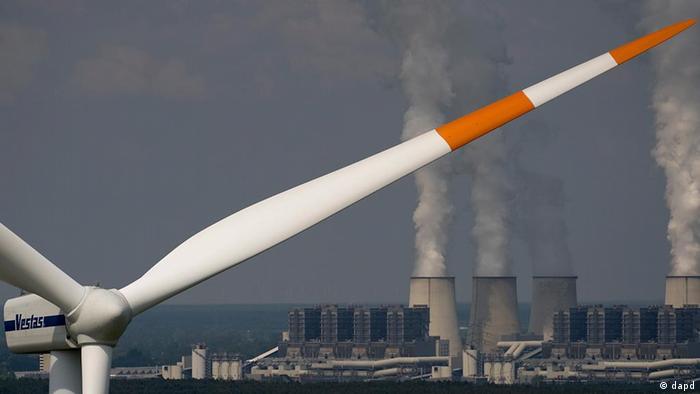 Deutschland Energie Kohlekraftwerk und Windenergie Energiewende