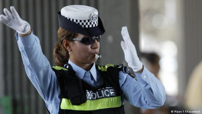المرأة الأردنية العاملة تقتحم عالم الذكور | ثقافة ومجتمع| قضايا مجتمعية من  عمق ألمانيا والعالم العربي | DW | 21.08.2012