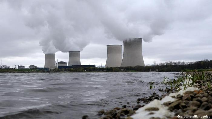 General view of a nuclear power plant in Cattenom, France, 01 Avril 2011