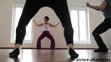 Zumba-Kurs in einem Tanzstudio in Berlin