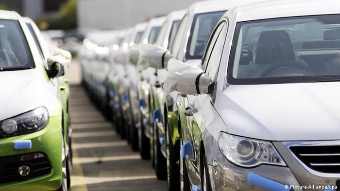 Продажи новых автомобилей в России с января по август сократились на 12 процентов