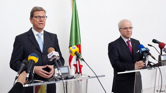 Außenminister Westerwelle mit seinem algerischen Amtskollegen Medelci (Foto: dapd)