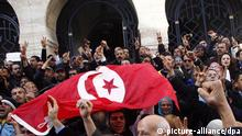 Tunesien Demonstration Tunis Fahne Flagge