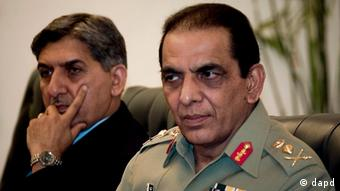 Pakistan's army chief General Ashfaq Parvez Kayani, right, and Pakistan ISI's former shief Ahmed Shuja Pasha