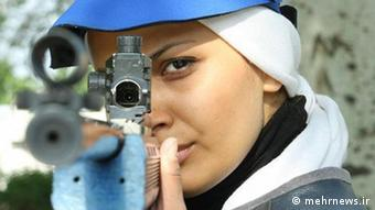 الهه احمدی، در رشته تیراندازی در المیپک لندن حضور مییابد