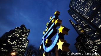 Skulptura eura u Frankfurtu