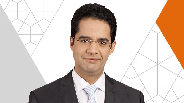 Ahmed Abida ist einer der Moderatoren der Talksendung On the Pulse. - 0,,15667252_303,00