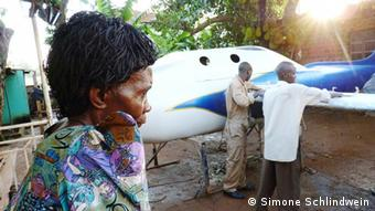 Ugandas Raumfahrtprogramm Chris Nsambas Mutter und das Raumschiff
