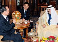 نخست وزیر چین در دیدار با ملک عبدالله پادشاه عربستان سعودی