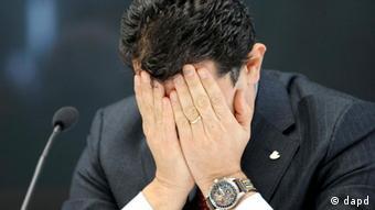 El director general de Costa Crocieri, Gianni Onorato, durante conferencia de prensa en Génova (16 de enero de 2012).