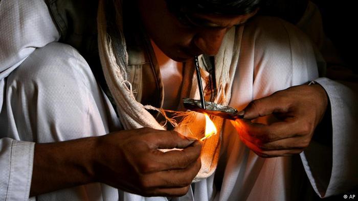 Афганский торговец наркотиками в Кабуле