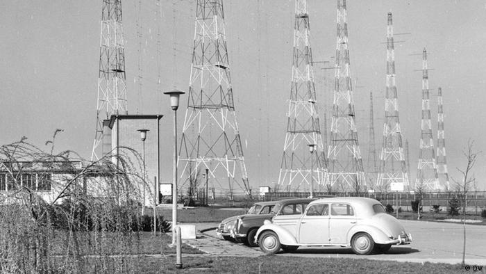 Radio transmitter in Jülich, 1956 (DW)