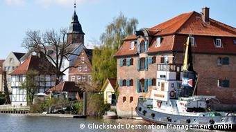 Мирная гавань города Глюкштадт