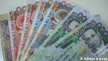 Foto2: 1. Titel: São Tomé e Príncipe Auslandschulden 2. Bildbeschreibung: Geld von São Tomé e Príncipe (Scheine von 5, 20, 50 und 100 tausende dobras) 3. Fotograf: Edlena Barros 4. Wann wurde das Bild gemacht: 16/01/2012 5. Wo wurde das Bild aufgenommen: São Tomé