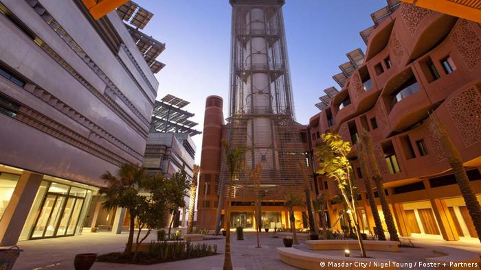 Das fertige Zentrum Masdar City (Copyright: Masdar City / Nigel Young / Foster + Partners)