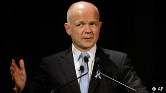 British Foreign Minister William Hague speaks at an Australian-British Chamber of Commerce lunch in Sydney, Wednesday, Jan. 19, 2011. Hague is visiting Australia for the Australia-United Kingdom Ministerial Consultations. (AP Photo/Rick Rycroft)