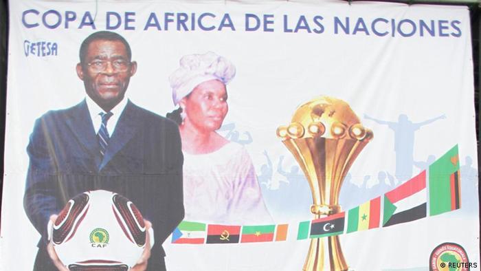 O presidente da Guiné-Equatorial, Teodoro Obiang Nguema Mbasogo, num cartaz alusivo ao CAN 2012