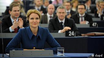 Foto der EU-Ratspräsidenten Thorning-Schmidt im EU-Parlament (Foto: AP)