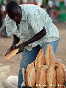 Inflação superou os 17% no primeiro trimestre de 2010, em Moçambique (os itens de alimentação, 25%)