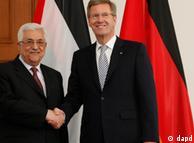 کریستیان وولف و محمود عباس (چپ)