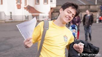 Сергій Ярошенко зі своїм, тепер вже вкраденим, iPhone