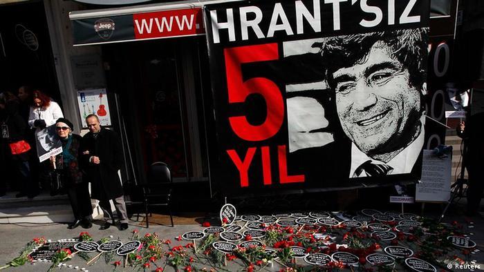 Türkei Medien Demonstration in Istanbul Jahrestag Ermorderung Hrant Dink (Reuters)